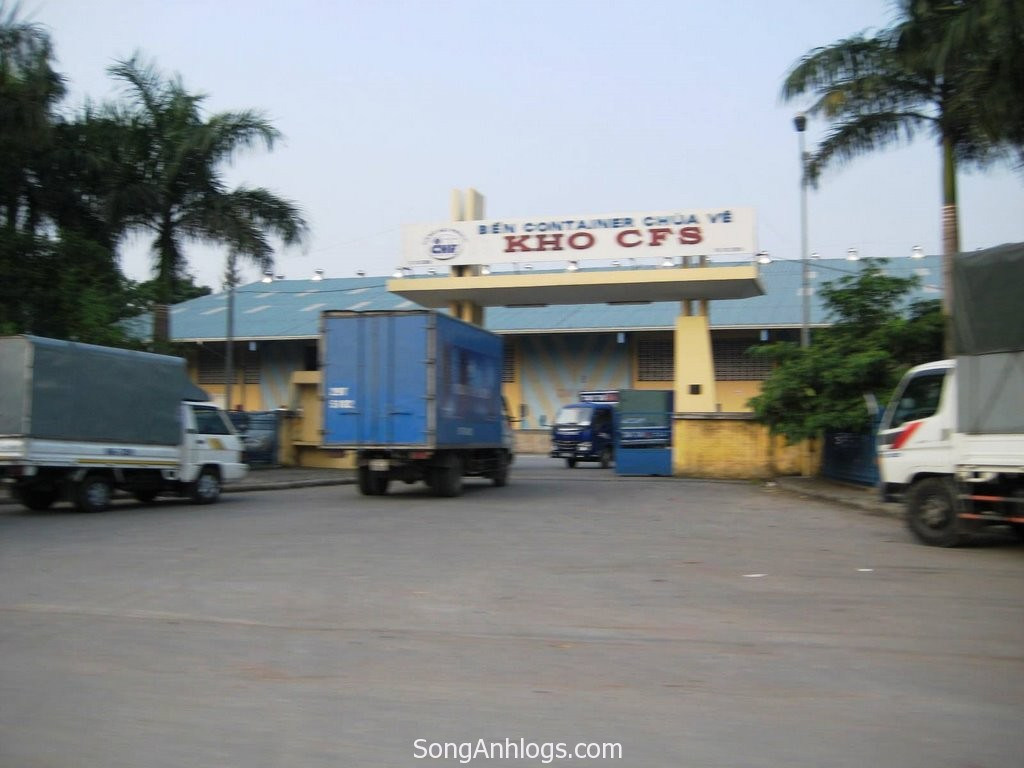 Phụ phí CFS -  container freight station fee
