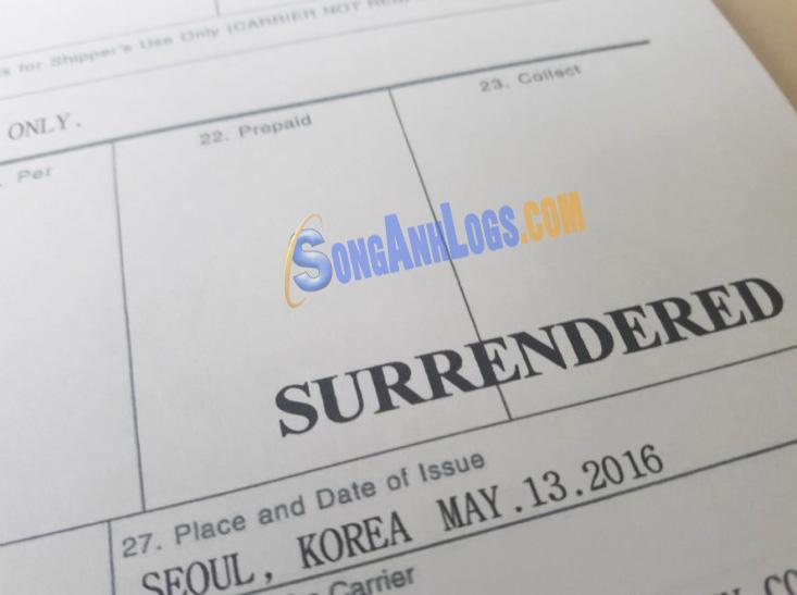 Chữ Surrendered được đóng dấu trên bill