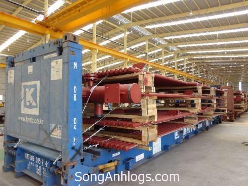 Đóng container flat rack tại nhà máy