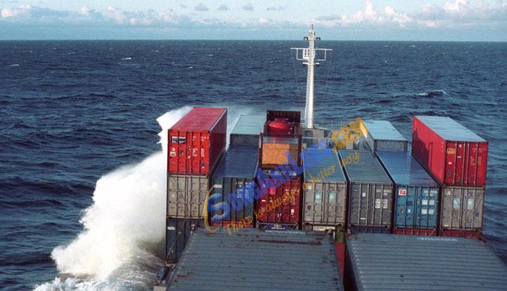 Tàu Container Trên Biển