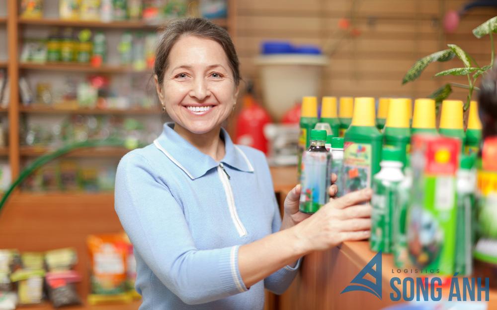 Người bán có trách nhiệm cung cấp MSDS