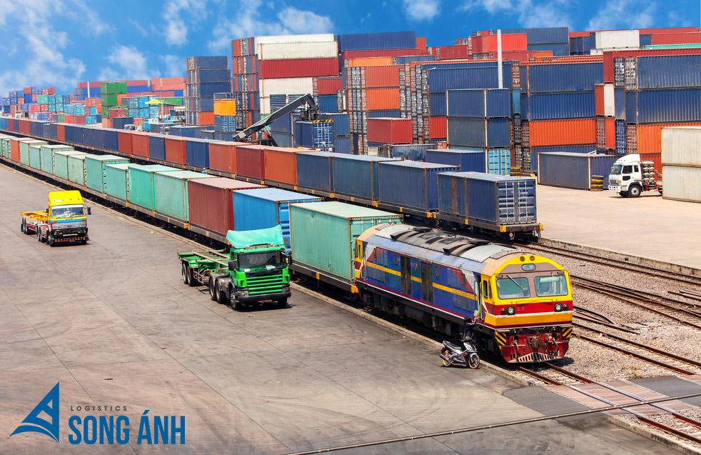 Vận chuyển container bằng tàu hỏa